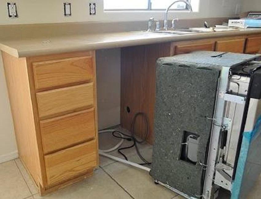 Как встроить посудомойку своими руками