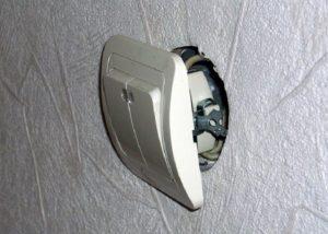 Установка выключателей и розеток