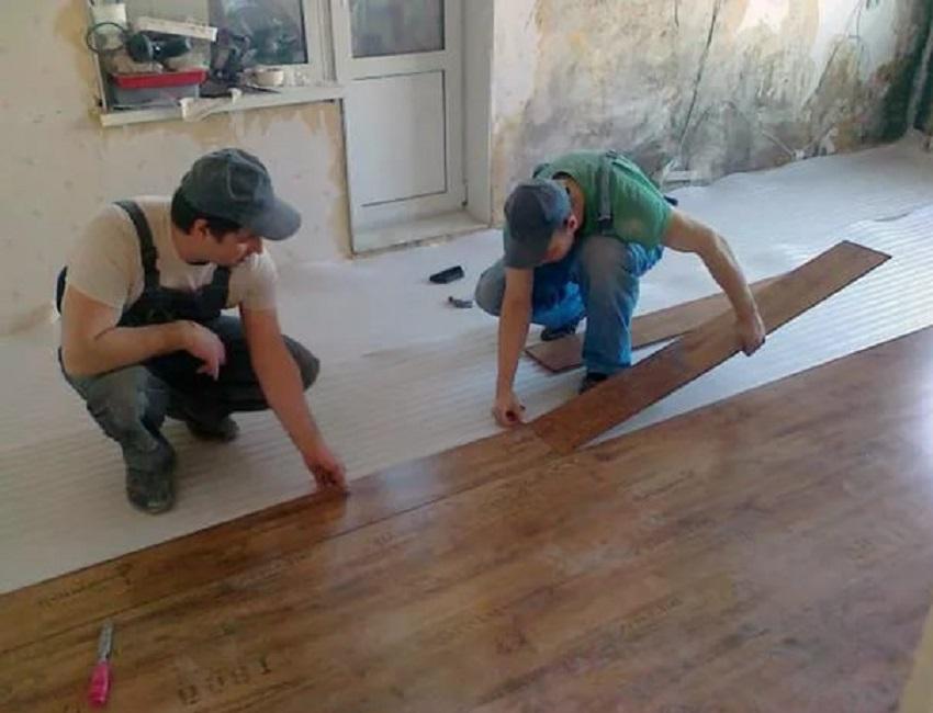 Как поменять пол в квартире на ламинат